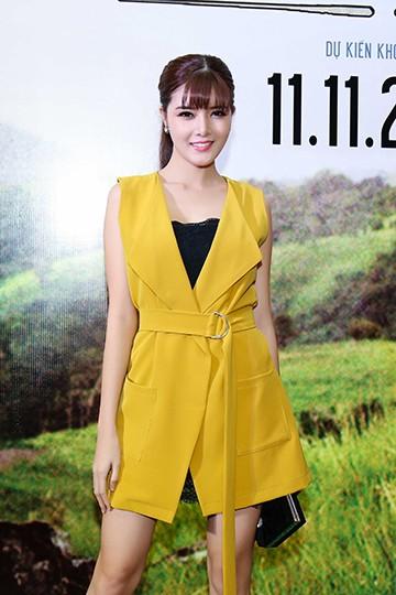 """Angela Phương Trinh nắm chặt tay, thừa nhận Võ Cảnh đúng chuẩn """"soái ca"""" ảnh 11"""