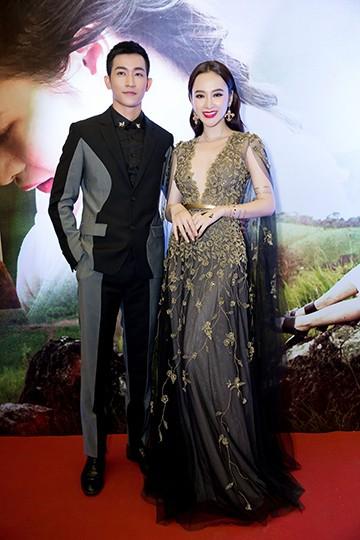 """Angela Phương Trinh nắm chặt tay, thừa nhận Võ Cảnh đúng chuẩn """"soái ca"""" ảnh 17"""