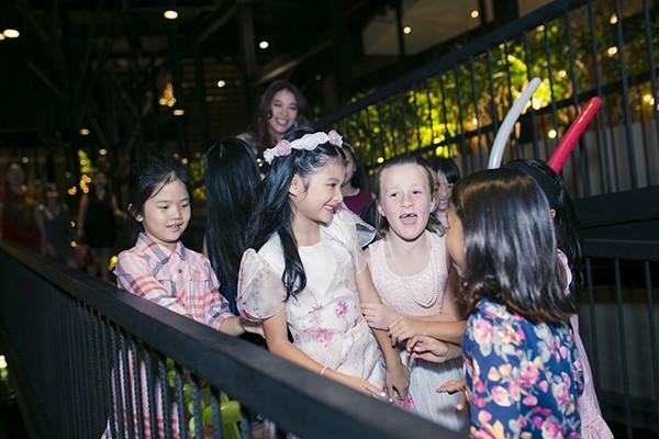 Trương Ngọc Ánh - Trần Bảo Sơn cùng tổ chức sinh nhật cho con gái ảnh 8