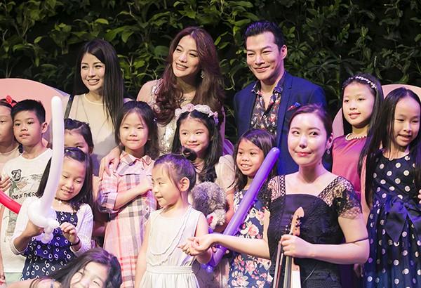 Trần Bảo Sơn và Trương Ngọc Ánh các bạn của con gái mình