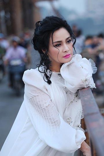 """Thanh Lam lần đầu ngồi """"ghế nóng"""" cùng Thu Minh"""