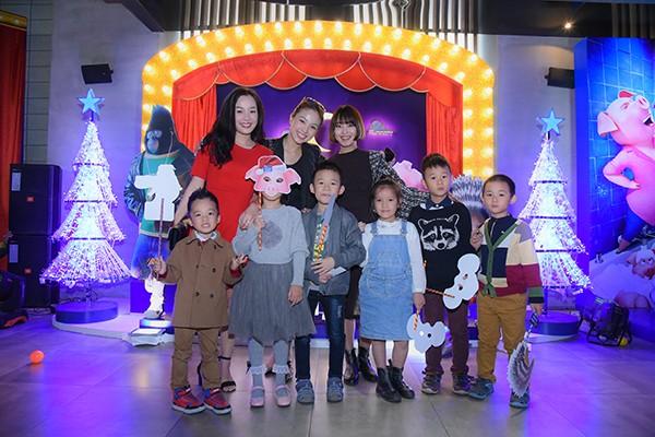 """Ngọc Trinh xuất hiện lộng lẫy ra mắt bộ phim """"Đấu trường âm nhạc"""" ảnh 11"""