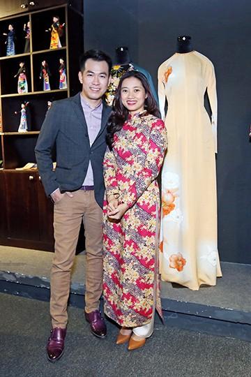 Ca sĩ Hồ Trung DũngCựu siêu mẫu Uyên LanDiễn viên Thanh Thúy