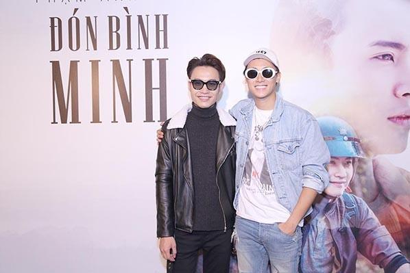 Hòa Minzy, Rocker Nguyễn sánh đôi đến mừng Phạm Anh Duy ảnh 6