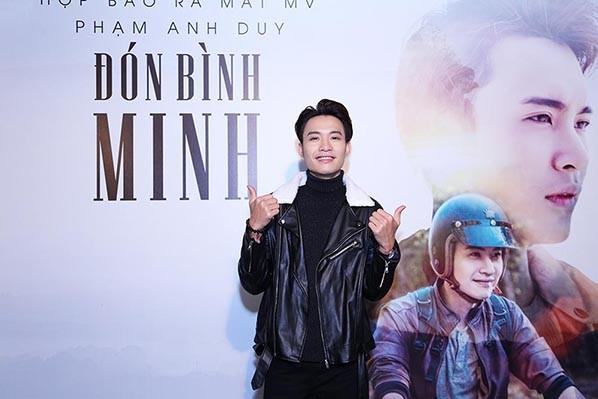 Phạm Anh Duy vui mừng trong ngày ra mắt MV