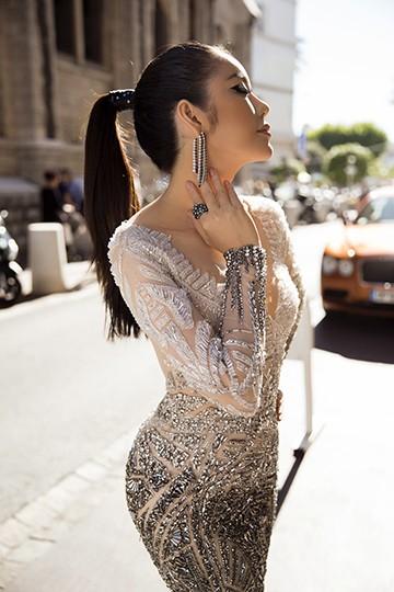 Lý Nhã Kỳ gây bất ngờ với vẻ đẹp hoang dại tựa Nữ hoàng Cleopatra ảnh 6