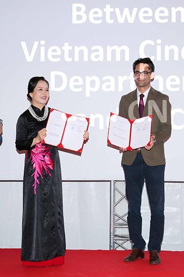 """""""Đêm Việt Nam"""" gây ấn tượng tại Liên hoan phim Cannes 2017 ảnh 12"""