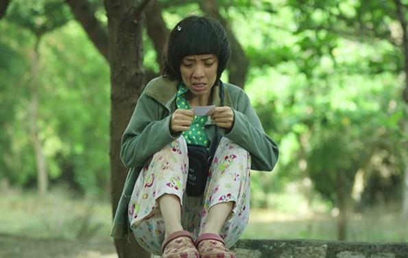 """Diễn viên hài Thu Trang tiếp tục vào vai """"mẹ khờ"""" trong """"Nắng 2"""""""
