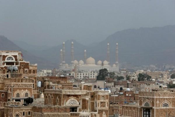 Những ngôi nhà truyền thống của thủ đô Sanaa, một di sản thế giới của UNESCO, được cho là do các con trai của nhà tiên tri Noah sáng tạo nên từ khoảng 2,5 thiên niên kỷ trước.