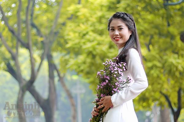 Nữ sinh Đại học PCCC đẹp dịu dàng trong tà áo dài truyền thống ảnh 11