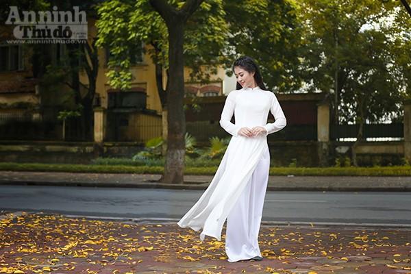 Nữ sinh Đại học PCCC đẹp dịu dàng trong tà áo dài truyền thống ảnh 2