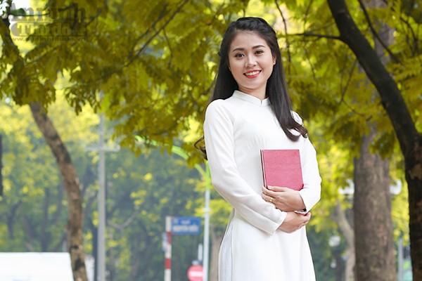 Nữ sinh Đại học PCCC đẹp dịu dàng trong tà áo dài truyền thống ảnh 3
