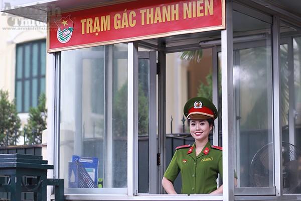 Nữ sinh Đại học PCCC đẹp dịu dàng trong tà áo dài truyền thống ảnh 13