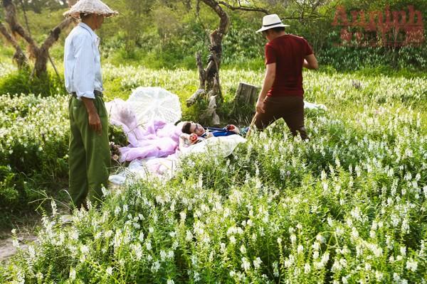 Có một thảo nguyên đẹp mê hồn giữa lòng Hà Nội ảnh 10