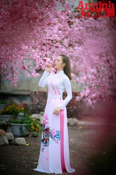Quỳnh Kool cho rằng bên cạnh những trang phục hàng ngày thì áo dài vẫn là trang phục đẹp nhất, nó mang đậm nét văn hóa truyền thống của phụ nữ Việt Nam.