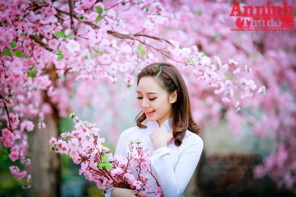 Quỳnh cho biết bên cạnh những việc làm thêm thì cô sẽ hoàn thành việc học một cách tốt nhất, đồng thời tiếp tục theo đuổi đam mê trở thành một diễn viên chuyên nghiệp.