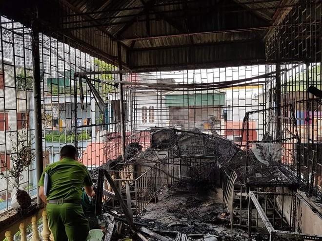 Cháy nhà nuôi chó ở Hà Nội ảnh 1