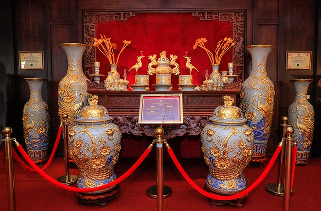 Mỗi tác phẩm gốm sứ đều hội tụ tinh hoa văn hóa của dân tộc
