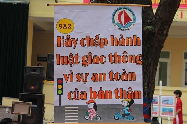 Thông điệp của các em học sinh lớp 9A2 trường THCS Cát Linh về pháp luật giao thông
