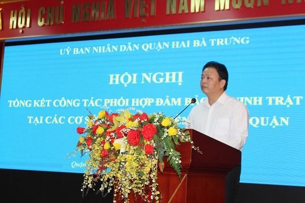 Ông Vũ Văn Hoạt - Phó Chủ tịch UBND quận Hai Bà Trưng, Hà Nội phát biểu tại hội nghị