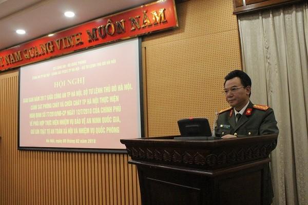 Đại tá Nguyễn Anh Tuấn - Phó Giám đốc CATP Hà Nội phát biểu khai mạc hội nghị