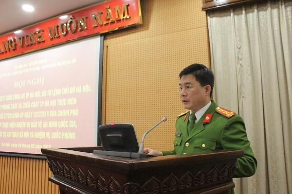 Đại tá Nguyễn Tuấn Anh - Phó Giám đốc Cảnh sát PCCC Hà Nội phát biểu tại hội nghị
