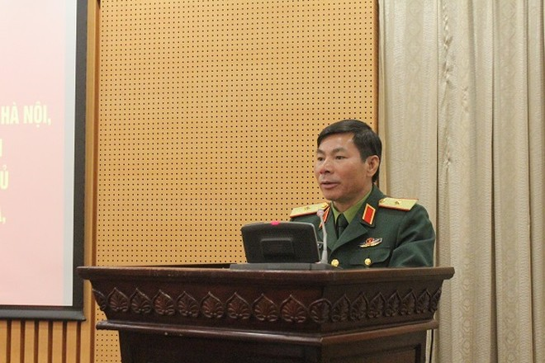Thiếu tướng Bùi Trọng Quỳnh - Phó Tư lệnh Tham mưu trưởng Bộ tư lệnh Thủ đô phát biểu chỉ đạo