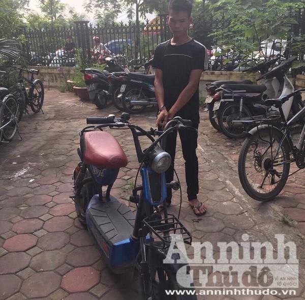 Nguyễn Văn Tiến và xe tang vật