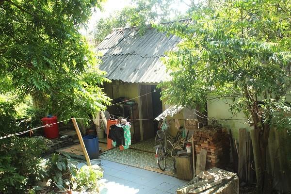 Ngôi nhà cũ
