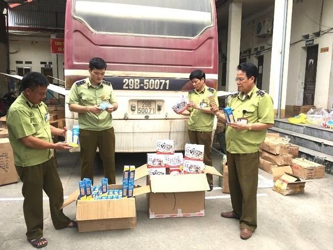 Lực lượng QLTT Lạng Sơn thu giữ số lượng lớn đồ chơi trẻ em nhập lậu