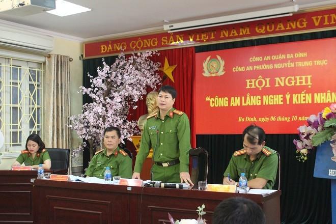 Trung tá Hoàng Ngọc Quyết, Phó Trưởng CAQ Ba Đình phát biểu tại hội nghị