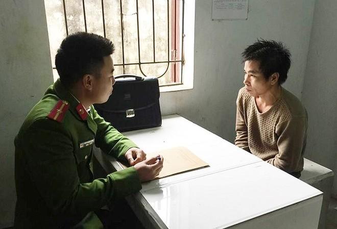 Cơ quan Công an lấy lời khai của đối tượng Nguyễn Văn Hương