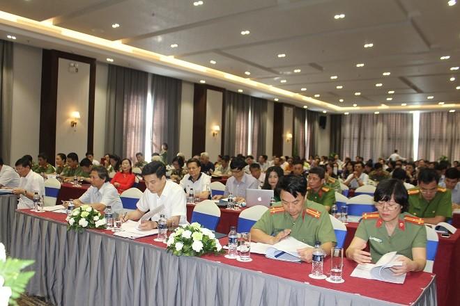 Hội nghị đã đánh giá kỹ kết quả hoạt động của lực lượng tình nguyện viên công tác xã hội nói riêng