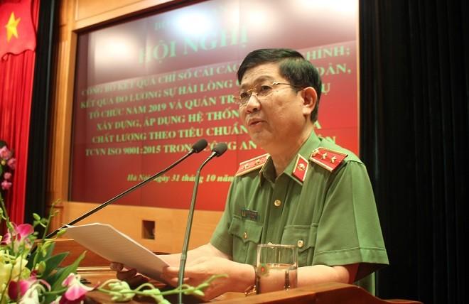 Trung tướng Nguyễn Văn Sơn, Ủy viên Ban Thường vụ Đảng ủy Công an Trung ương, Thứ trưởng Bộ Công an phát biểu tại hội nghị