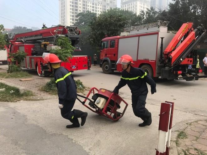 Lực lượng Cảnh sát PCCC chuyên nghiệp tổ chức phương án chữa cháy và cứu nạn
