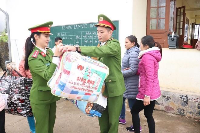 Hành trình tình nguyện ý nghĩa của tuổi trẻ Công an Hà Nội