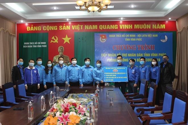 10.000 khẩu trang và 2.800 chai rửa tay diệt khuẩn trao tặng cho tỉnh Vĩnh Phúc