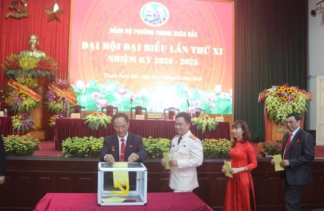 Đại hội điểm cấp cơ sở khối phường của Đảng bộ quận Thanh Xuân.