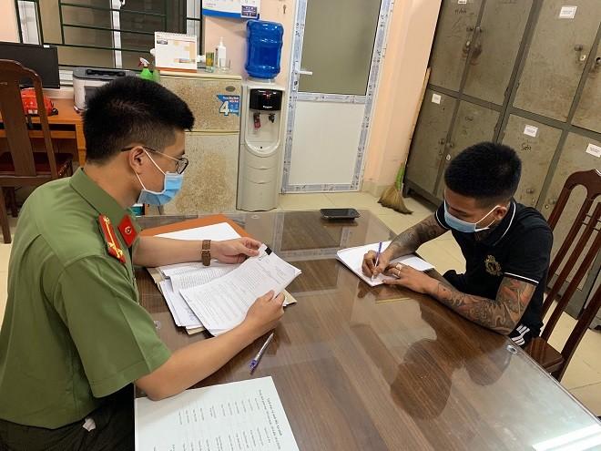 Lực lượng Công an huyện Thạch Thất triệu tập C.M.T để xử lý
