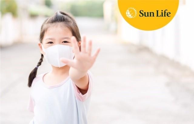 Sun Life Việt Nam đóng góp 1 tỷ đồng vào công tác phòng chống dịch COVID-19