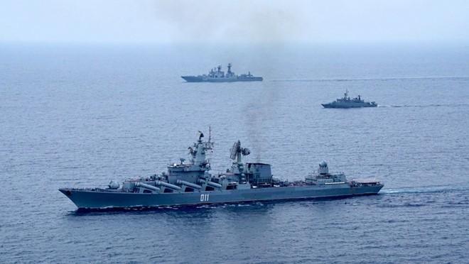 [Info] Tuần dương hạm Varyag cực mạnh của Nga tới Biển Đông ảnh 2