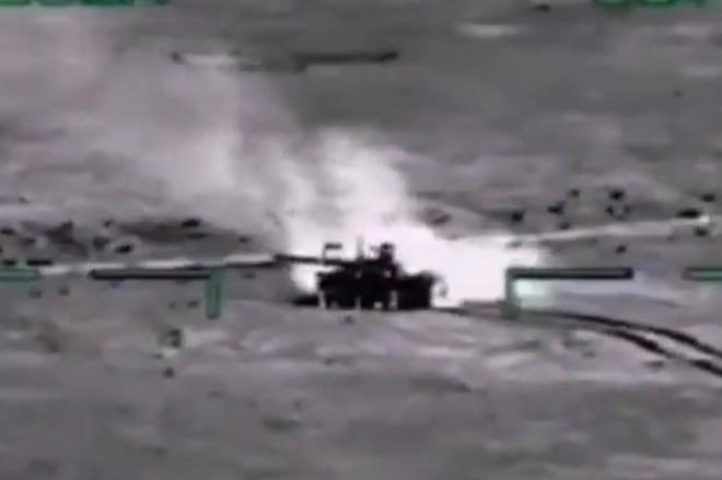 """[ẢNH] """"Thợ săn đêm"""" Mi-28N hủy diệt xe tăng khủng bố IS trong vỏn vẹn 10 giây ảnh 2"""