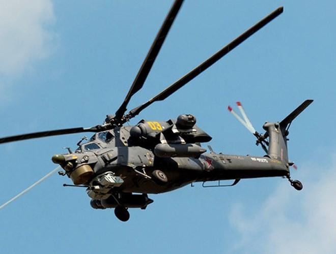 """[ẢNH] """"Thợ săn đêm"""" Mi-28N hủy diệt xe tăng khủng bố IS trong vỏn vẹn 10 giây ảnh 11"""