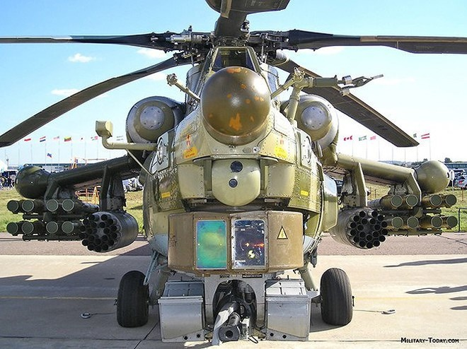 """[ẢNH] """"Thợ săn đêm"""" Mi-28N hủy diệt xe tăng khủng bố IS trong vỏn vẹn 10 giây ảnh 16"""