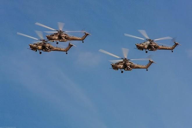 """[ẢNH] """"Thợ săn đêm"""" Mi-28N hủy diệt xe tăng khủng bố IS trong vỏn vẹn 10 giây ảnh 19"""