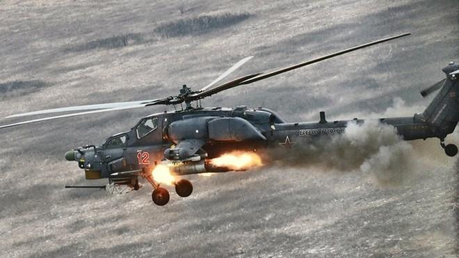 """[ẢNH] """"Thợ săn đêm"""" Mi-28N hủy diệt xe tăng khủng bố IS trong vỏn vẹn 10 giây ảnh 21"""