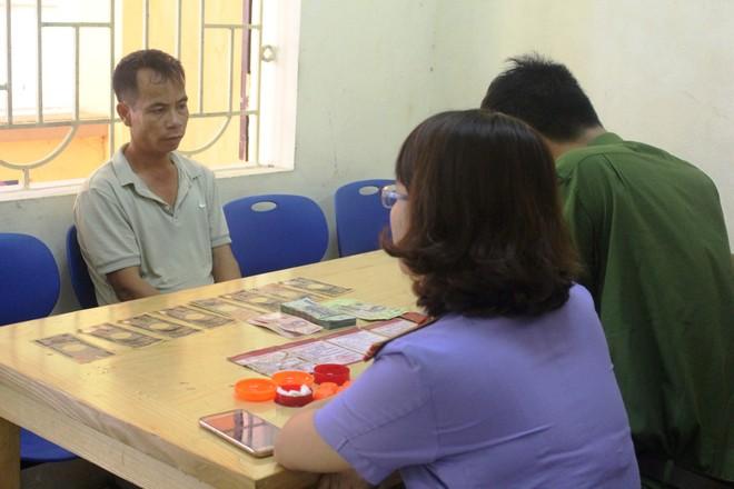 Nguyễn Văn Mười tại cơ quan công an