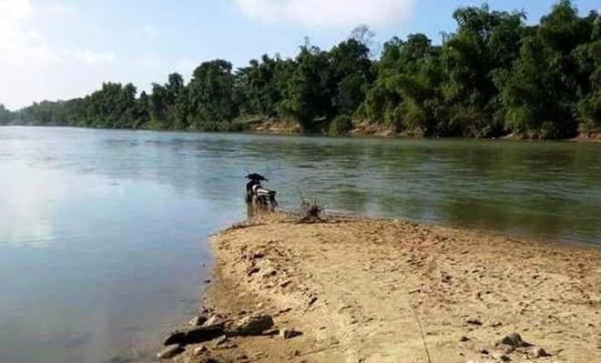 Người đàn ông mất tích sau cú điện thoại thông báo lạc tại bến sông ảnh 1