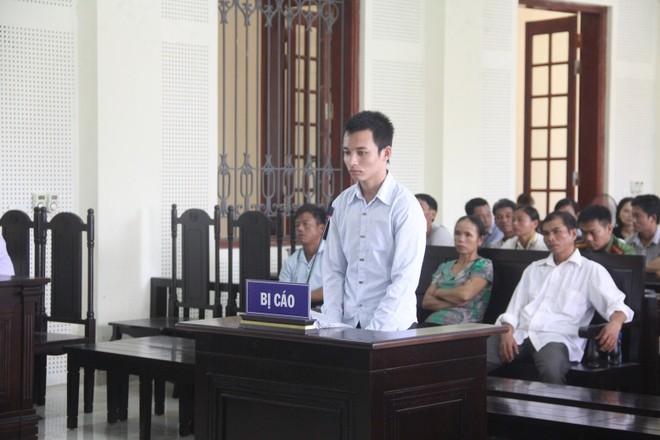 Phan Đình Quảng trong phiên xét xử