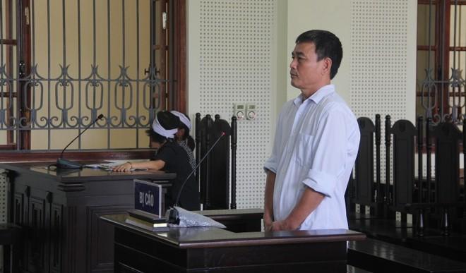 Nguyễn Bá Định trong phiên xét xử